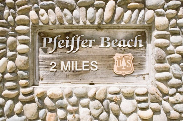 hidden sign to pfeiffer beach in big sur