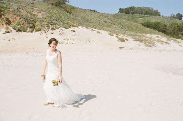 bride on pfeiffer beach
