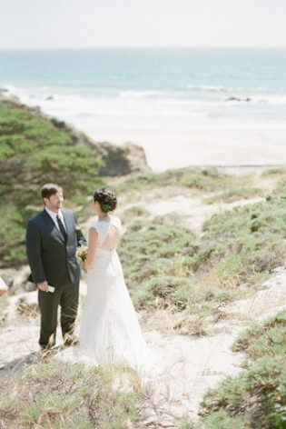 pfeiffer beach wedding overlooking pacific ocean