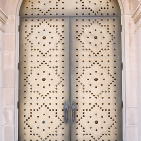 doors at st gregorys in san mateo