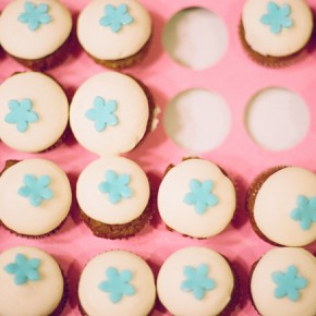 vanilla cupcakes with sky blue stars
