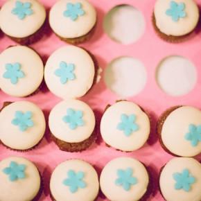 vanilla cupcakes with sky blue stars