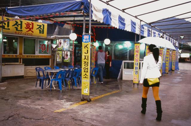korea-photos-by-douglas-despres-27