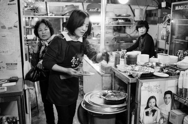 korea-photos-by-douglas-despres-36